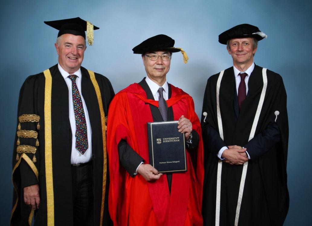 坂口教授がバーミンガム大学の名誉医学博士に