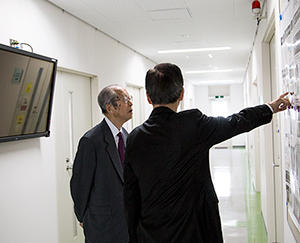 Visitor】Mr. Koji Omi, Chairman of STS Forum